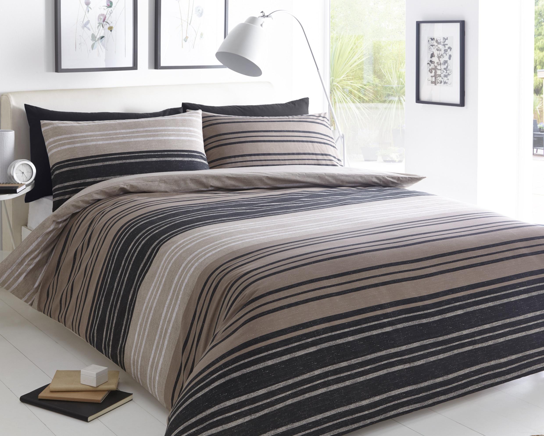 Textured Stripe Duvet Set - Kingsize.