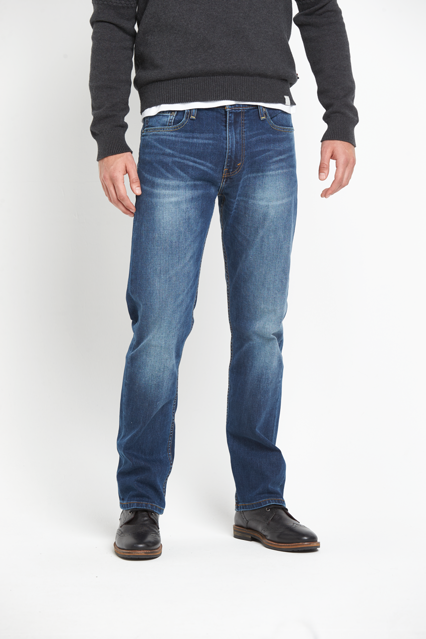 Levis 504 Regular Straight Fit Jeans